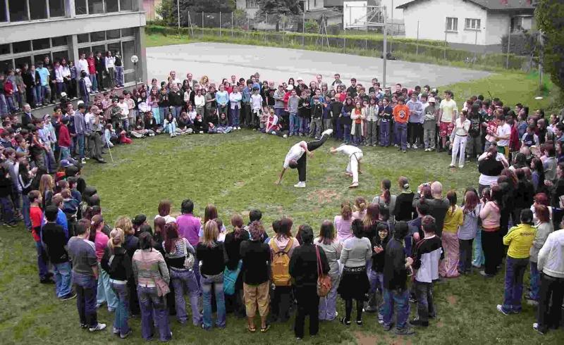 Festa finale scuole medie Castione dimostrazione di Strumenti a Percussione2